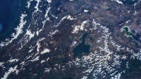 Tid schackningsperiod av jord som kretsar visning från NASAinternationella rymdstationen arkivfilmer