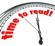 Tid som läser läs- uppfattning för klocka som lär skolan Arkivfoto