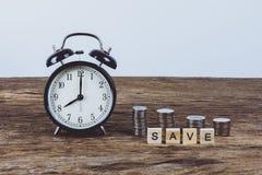 Tid till det sparande begreppet Fotografering för Bildbyråer