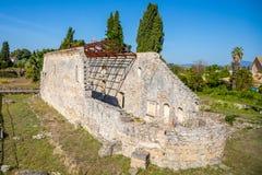 Tidig kristen kyrklig basilika Palaiopolis på Korfu, Grekland royaltyfri bild
