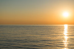 Tidig Lake Erie solnedgång Arkivfoton