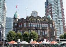 Tidigare HAL-byggnad, nu hotell New York i Rotterdam Arkivbilder