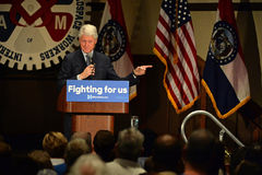 Tidigare president Bill Clinton Speaks till Hillary Supporters Royaltyfria Foton