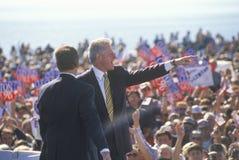 Tidigare presidenten Bill Clinton talar på en Santa Barbara City College som aktionen samlar i 1996, Santa Barbara, Kalifornien Royaltyfri Bild