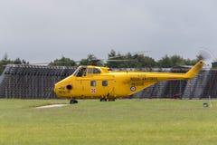 Tidigare Royal Air Force, RAF Westland WS-55-3 virvelvindhelikopter G-BVGE på RAF Waddington Royaltyfri Foto