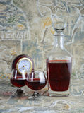 Tidlös metafor för rött vin Arkivbild