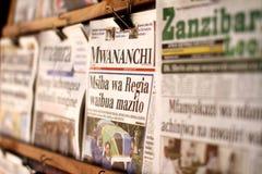 Tidningsställning i Zanzibar Arkivbilder