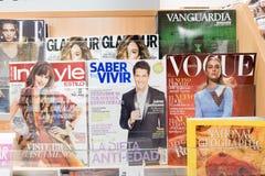 Tidskrifter i Spanien Fotografering för Bildbyråer