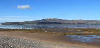 Tidvattens- bred flodmynning England Cumbria Royaltyfri Bild