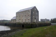 Tidvattens- mala, Pembrokeshire, Wales Arkivbild