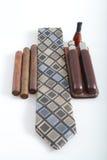 Tie med cigarren och tillbehör Arkivfoto