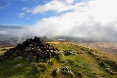 Tiefe Wolken über dem Bassenthwaite-Tal Stockfotos