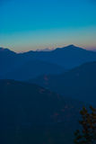 Tiefer blauer Sonnenaufgang Stockfotos