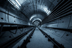 Tiefer Metrotunnel Lizenzfreies Stockfoto