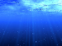 Tiefes blaues Wasser lizenzfreie stockfotografie