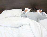 Tiefes Schlafen der alten Frau Lizenzfreie Stockfotos