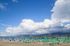 Tiempo cambiante en la playa Fotografía de archivo libre de regalías