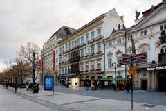 Tiempo de Advent Christmas en la calle de Praga Imagen de archivo