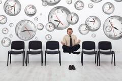 Tiempo de doblez del gestor de proyecto para cumplir plazos Imagenes de archivo