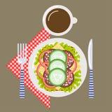 Tiempo de la comida campestre, naturaleza, reconstrucción al aire libre, servilleta, desayuno Fotografía de archivo