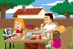 Tiempo de la comida de la familia al aire libre Fotografía de archivo libre de regalías
