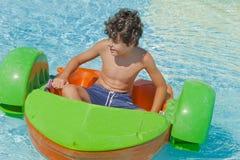 Tiempo de la diversión en Aqua Park en Esmirna Fotos de archivo