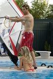 Tiempo de la diversión en la piscina Fotos de archivo libres de regalías