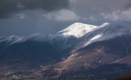Tiempo de la montaña del invierno Foto de archivo libre de regalías
