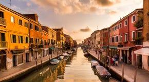 Tiempo de la puesta del sol en la isla de Murano Imágenes de archivo libres de regalías