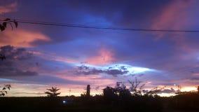 Tiempo de la puesta del sol en Palembang foto de archivo libre de regalías