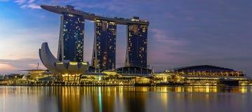 Tiempo de mañana de Marina Bay en Singapur Imagenes de archivo