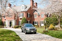 Tiempo de resorte en las propiedades inmobiliarias exclusivas Foto de archivo libre de regalías