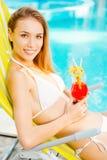 Tiempo de verano del gasto por la piscina Imagen de archivo