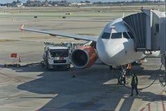 Tiempo de viaje con Easyjet Imagen de archivo libre de regalías