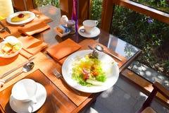 tiempo del almuerzo de la terraza del afternool imagenes de archivo
