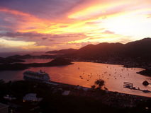 Tiempo del cóctel en el Caribe Imagen de archivo libre de regalías