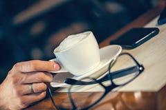 Tiempo del café en café Fotos de archivo