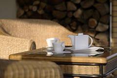 Tiempo del café en el patio 2 Imagen de archivo libre de regalías