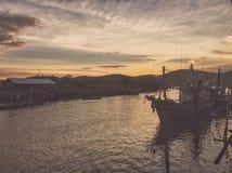 Tiempo del mar del barco de río fotografía de archivo