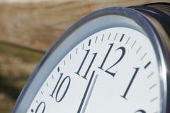 Tiempo en el camino Fotos de archivo libres de regalías