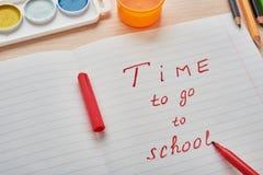 Tiempo a la escuela Fotos de archivo libres de regalías