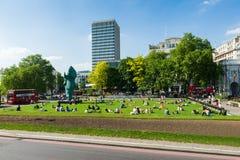 Tiempo libre en Londres imagen de archivo