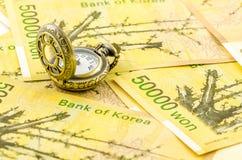 Tiempo pasado en la fabricación del dinero Imagen de archivo libre de regalías