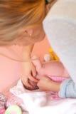 Tiempo que cuida con mi bebé Imágenes de archivo libres de regalías
