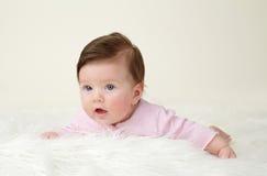 Tiempo recién nacido de la panza del bebé Fotos de archivo libres de regalías