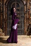 Tiempos medievales de la mujer Imágenes de archivo libres de regalías