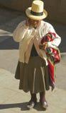Tiempos modernos en Perú nativo Imagen de archivo libre de regalías
