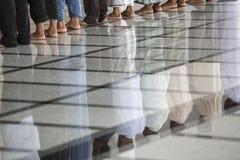 Tiempos musulmanes tailandeses del rezo Imágenes de archivo libres de regalías