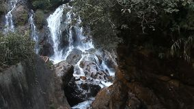 Tien Sa Waterfall Cat Cat-Dorp Sapa stock videobeelden