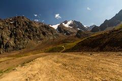 Tien Shen Mountains de piste supérieure de Shymbulak à Almaty, Kazakh Photos stock